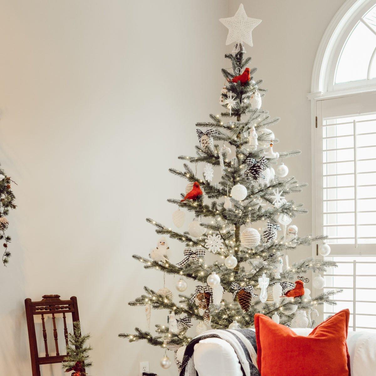 albero-natale-scandinavo-stella-bianca