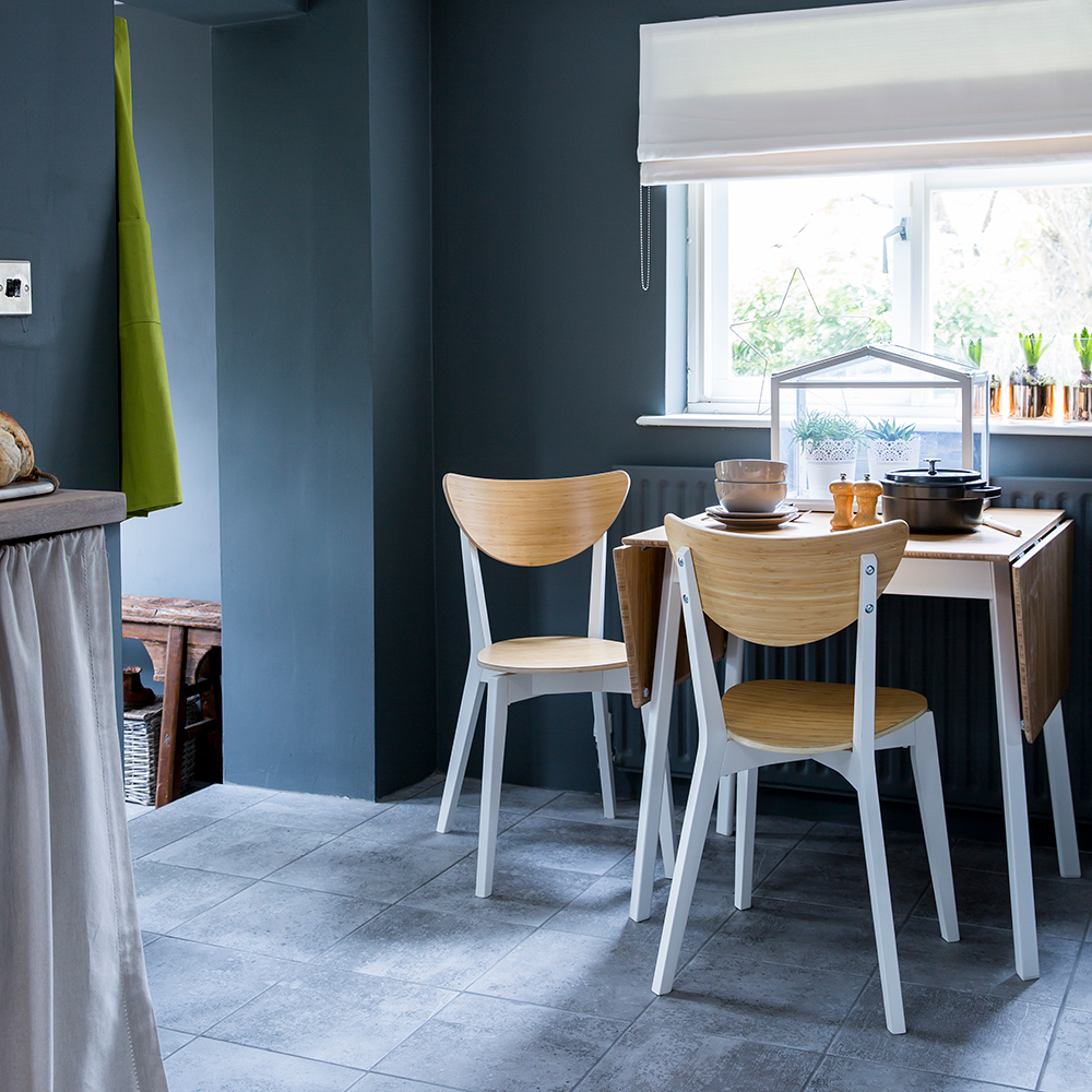 blu-acciaio-cucina