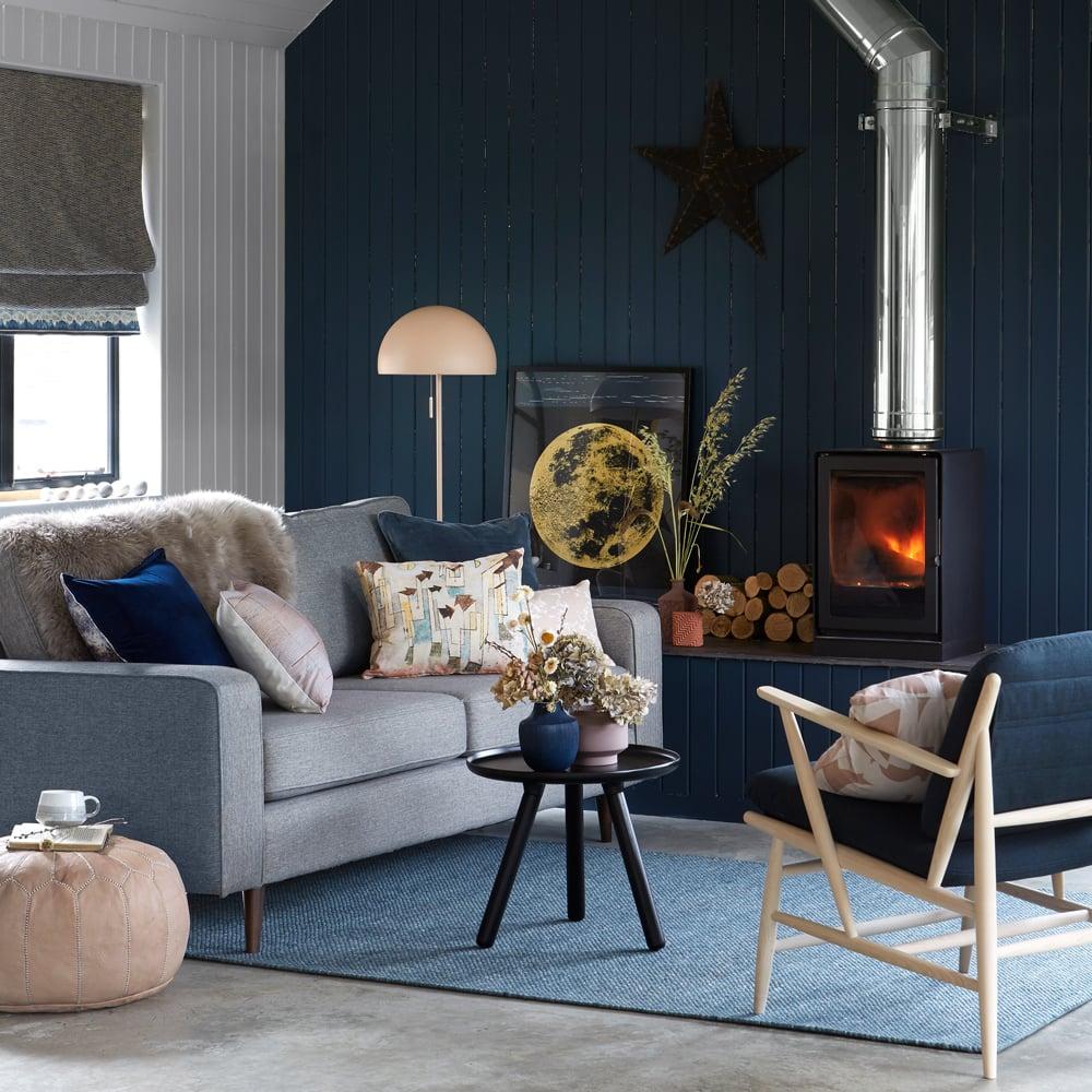 blu-acciaio-soggiorno-mediterraneo