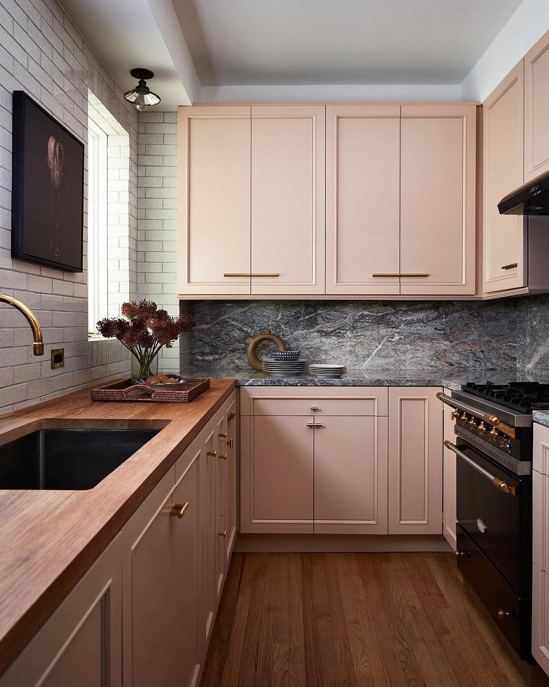cucina-color-aragosta-pensili