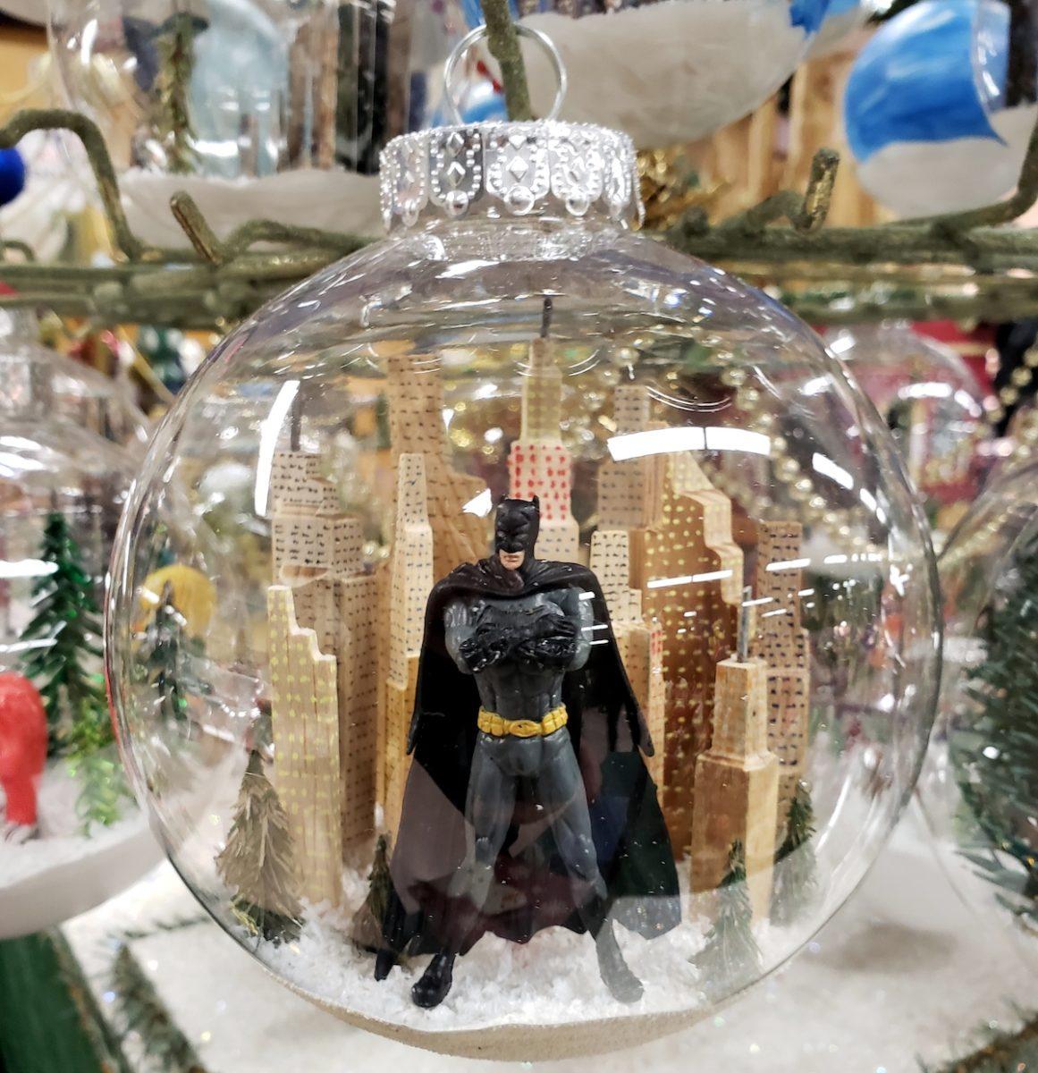 decorazioni-natalizie-bohemien-pallina-batman