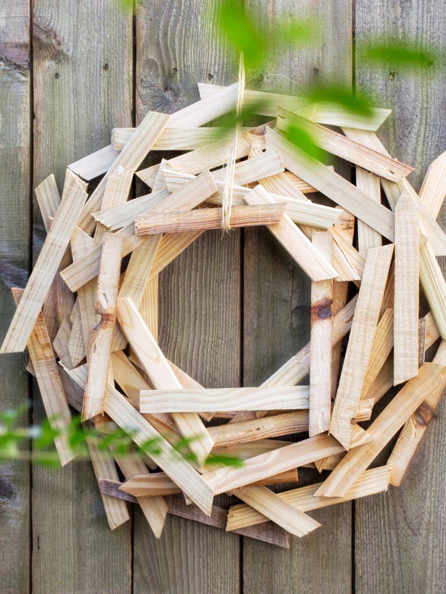 decorazioni-natalizie-legno-ghirlanda