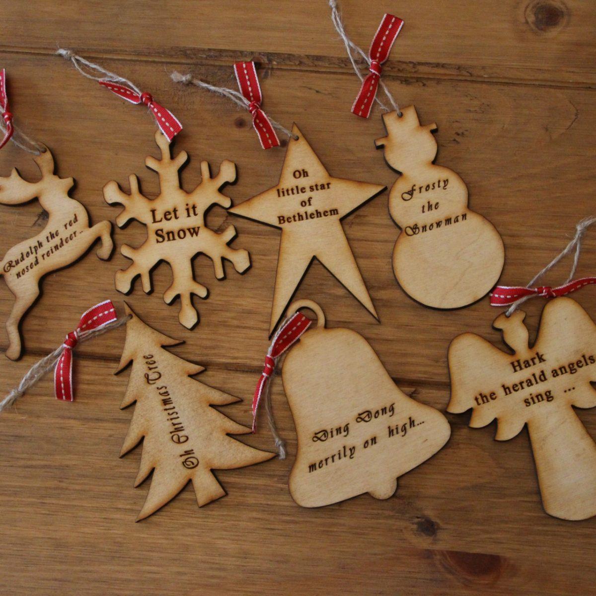 decorazioni-natalizie-legno-per-albero