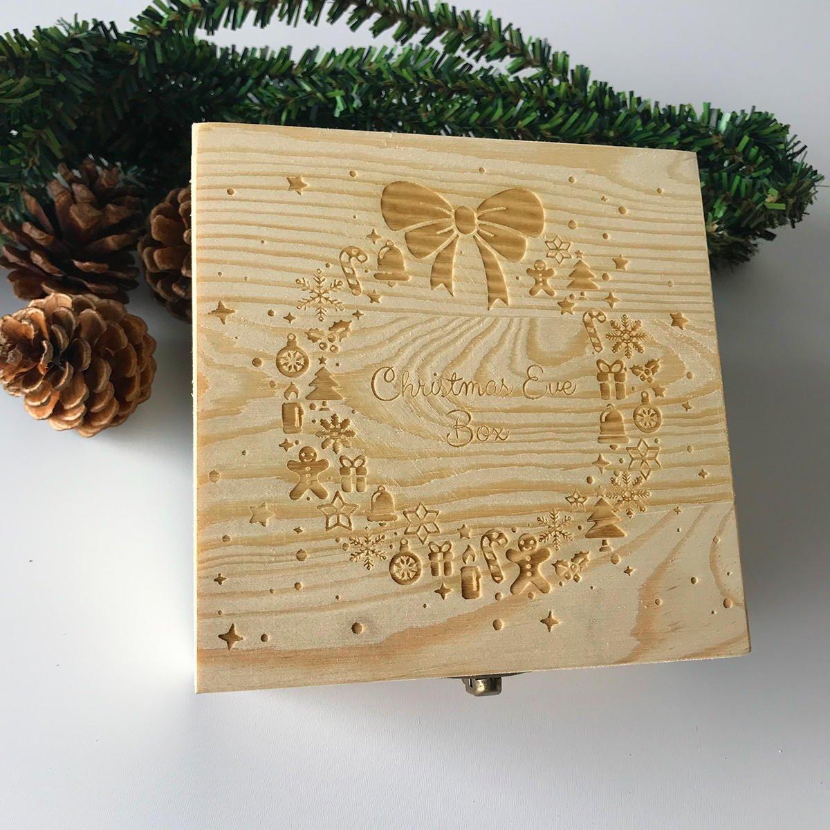 decorazioni-natalizie-legno-punteggiate