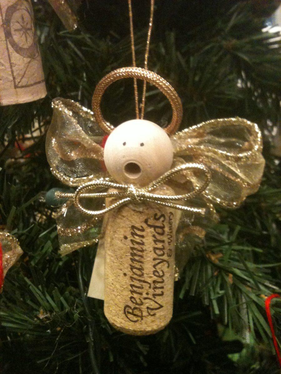 decorazioni-natalizie-tappi-sughero-angioletti