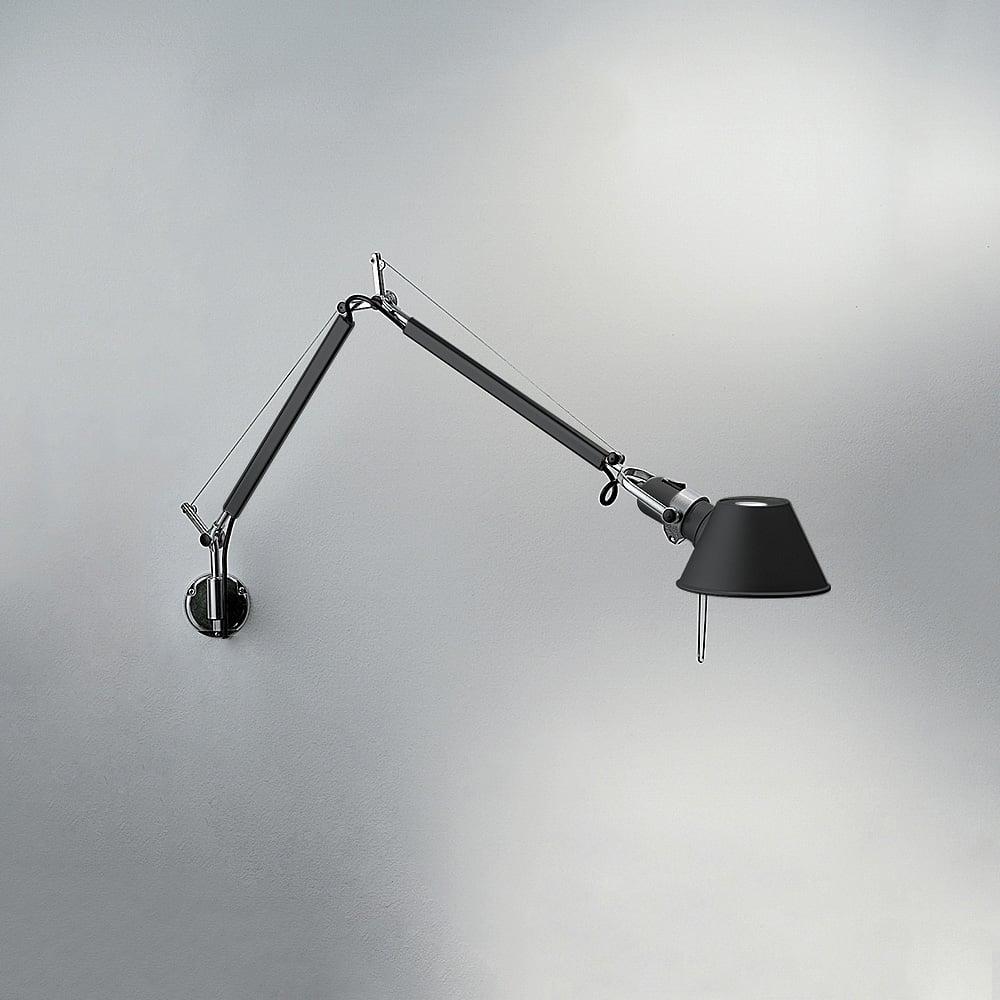 lampada-tolomeo-muro