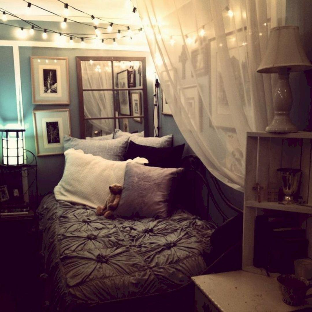 stile-cozy-camera-letto-illuminazione