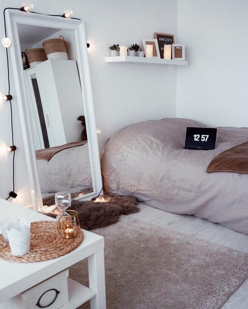stile-cozy-camera-letto-specchio
