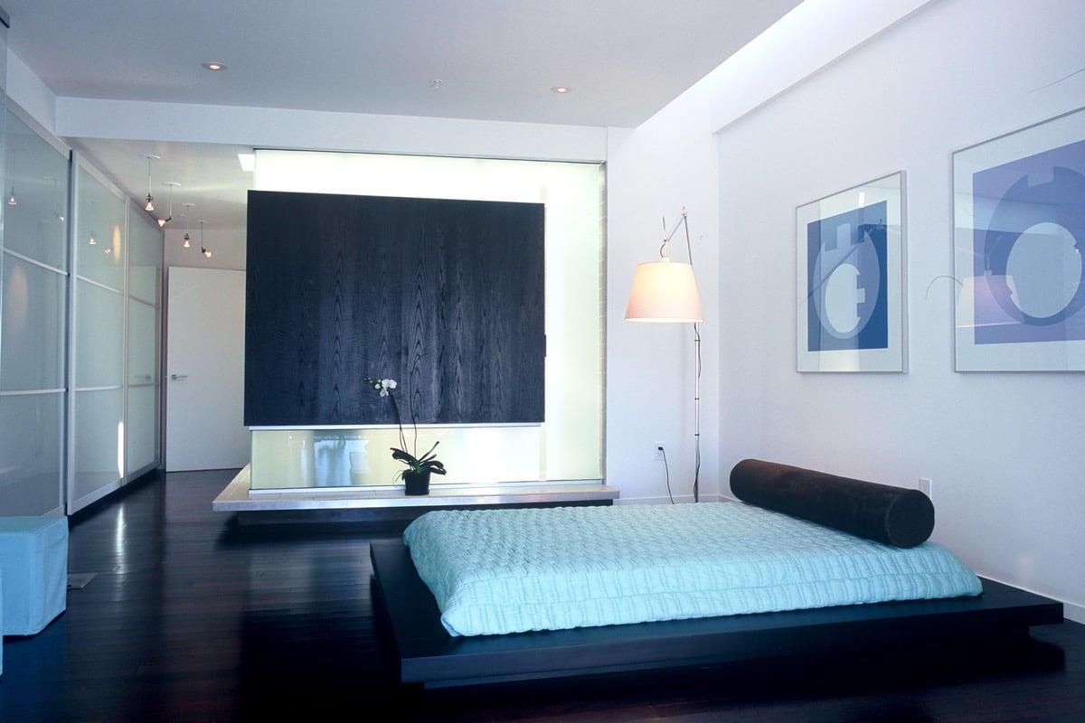 camera-letto-celeste-polvere-futurista