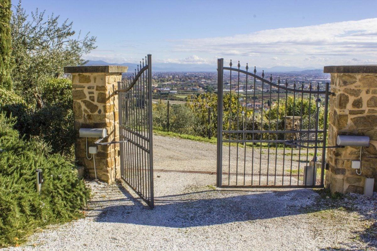 cancello-automatico-ingresso