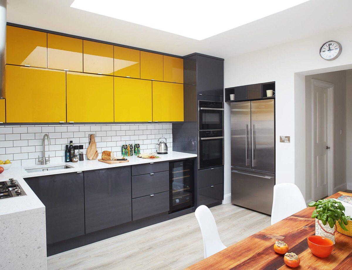 color-giallo-miele-cucina-moderna