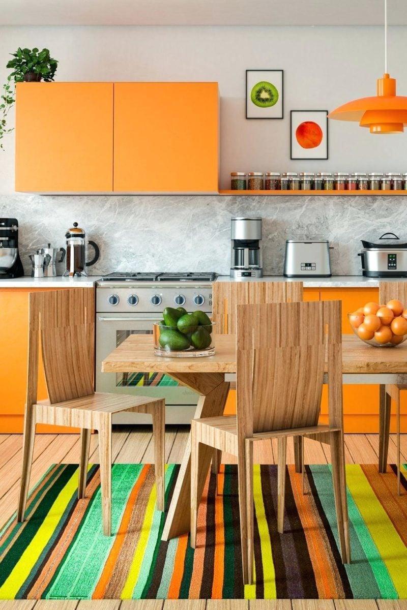 cucina-arancione-eclettica
