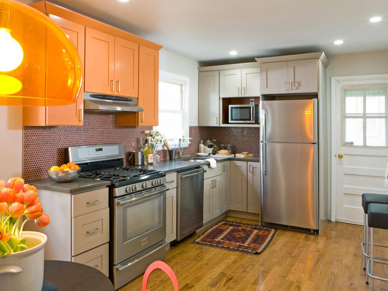 cucina-arancione-moderna-piccola