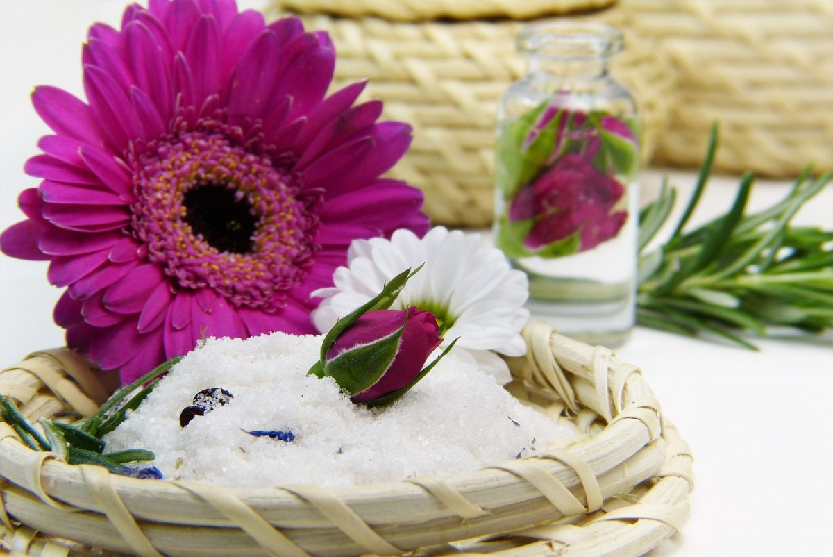 oli-essenziali-fiori