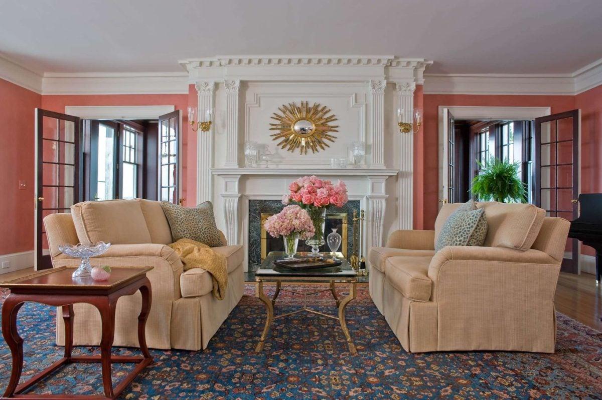 soggiorno-color-corallo-classico