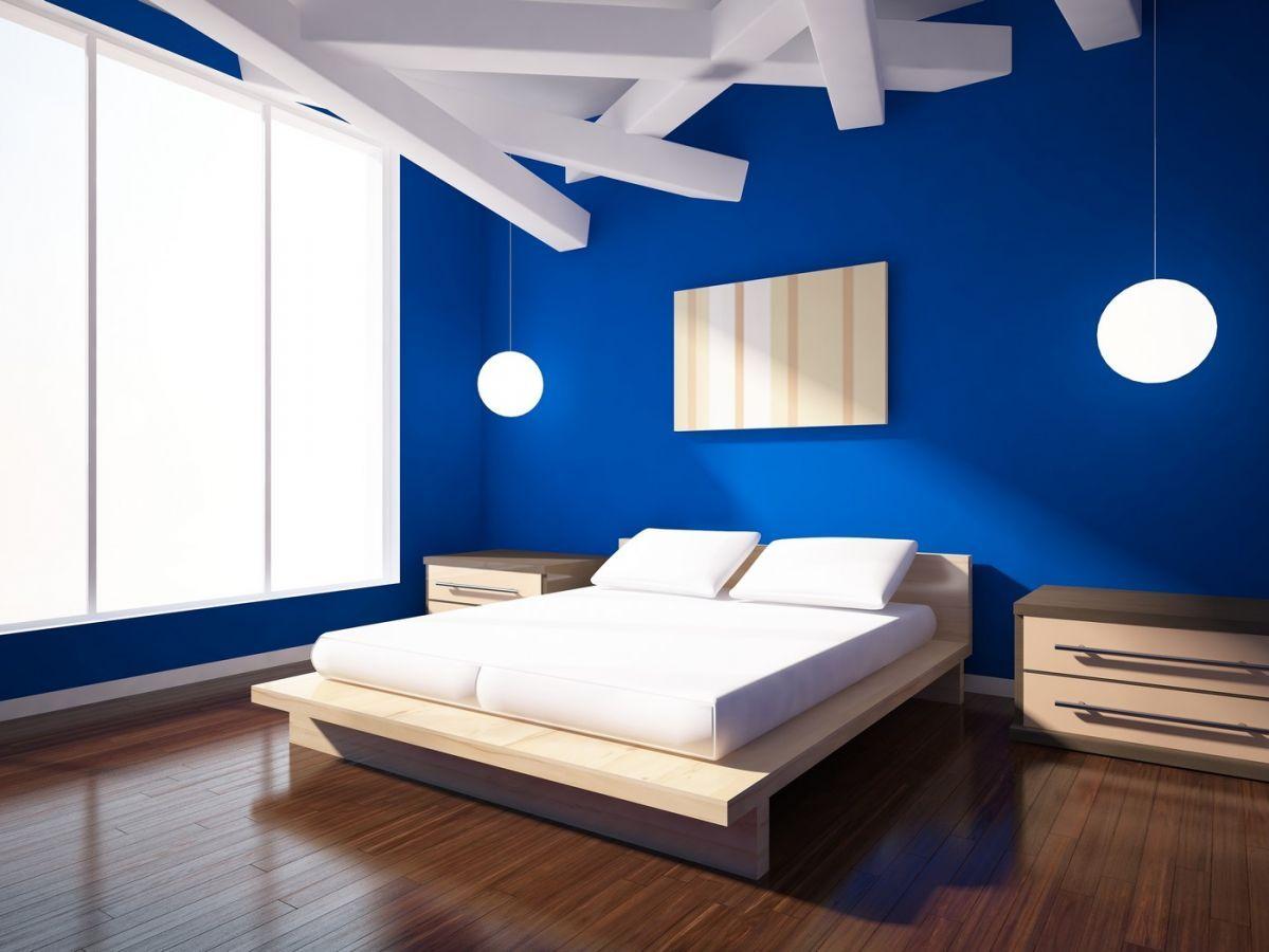 colore-blu-reale-camera-minimal