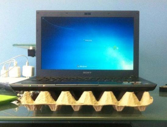 riciclare-cartoni-uova-idee-porta-pc