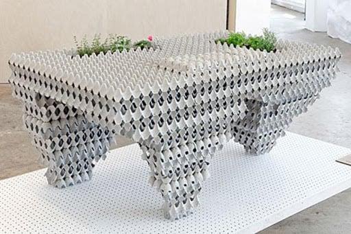 riciclare-cartoni-uova-idee-tavolo