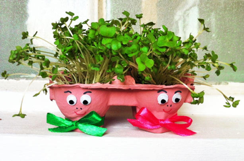 riciclare-cartoni-uova-idee-vaso-fiori