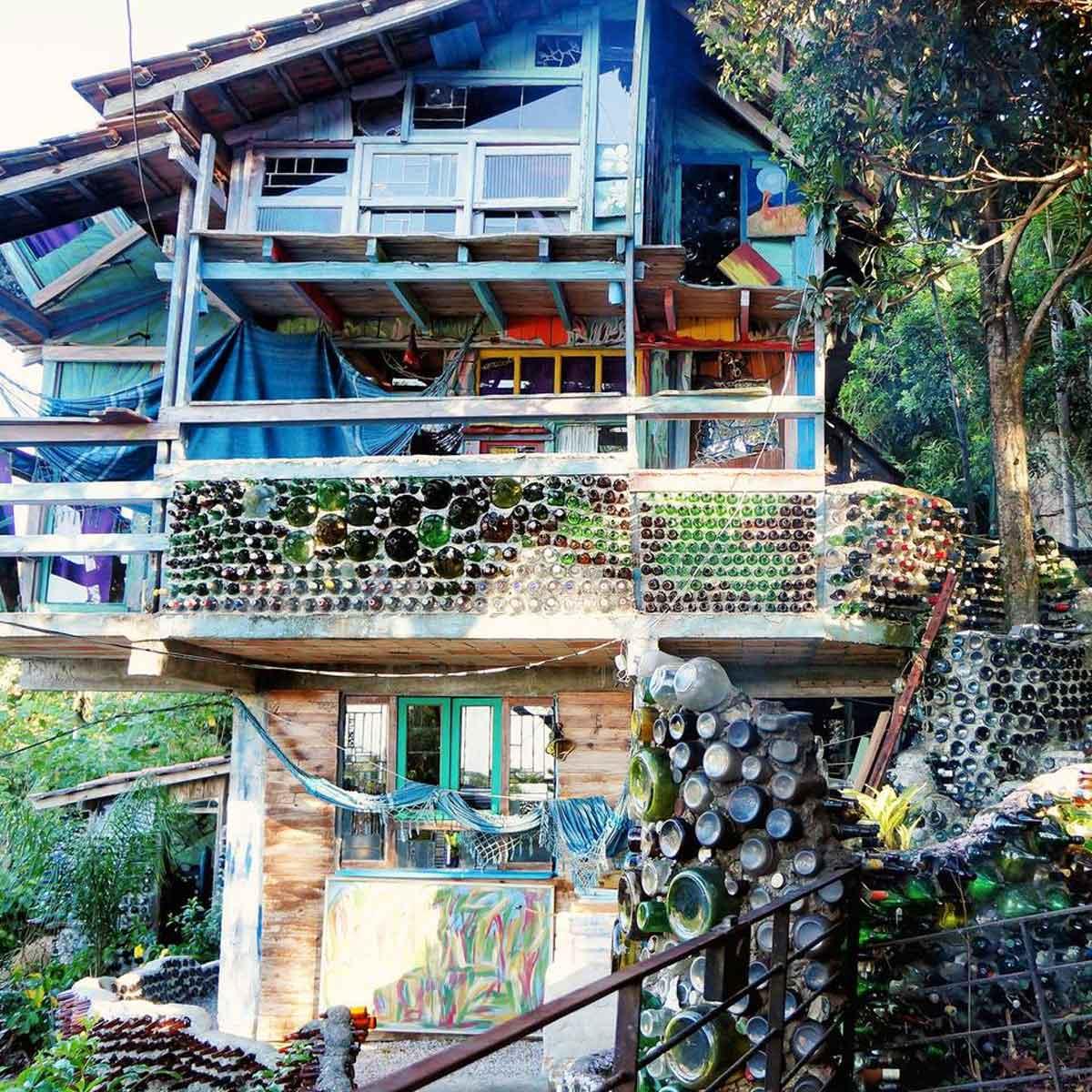 riciclare-vecchi-bicchieri-balcone