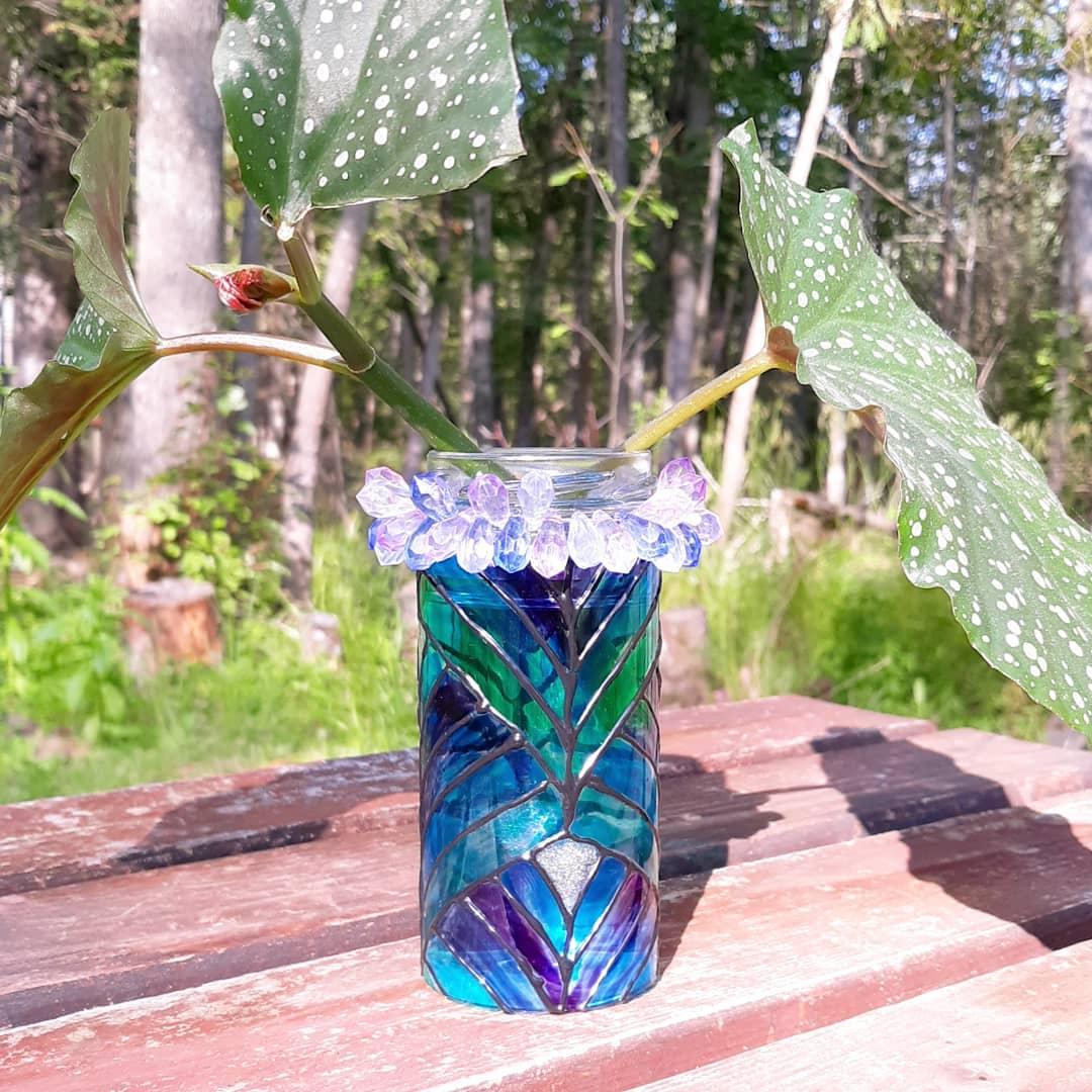 riciclare-vecchi-bicchieri-vaso