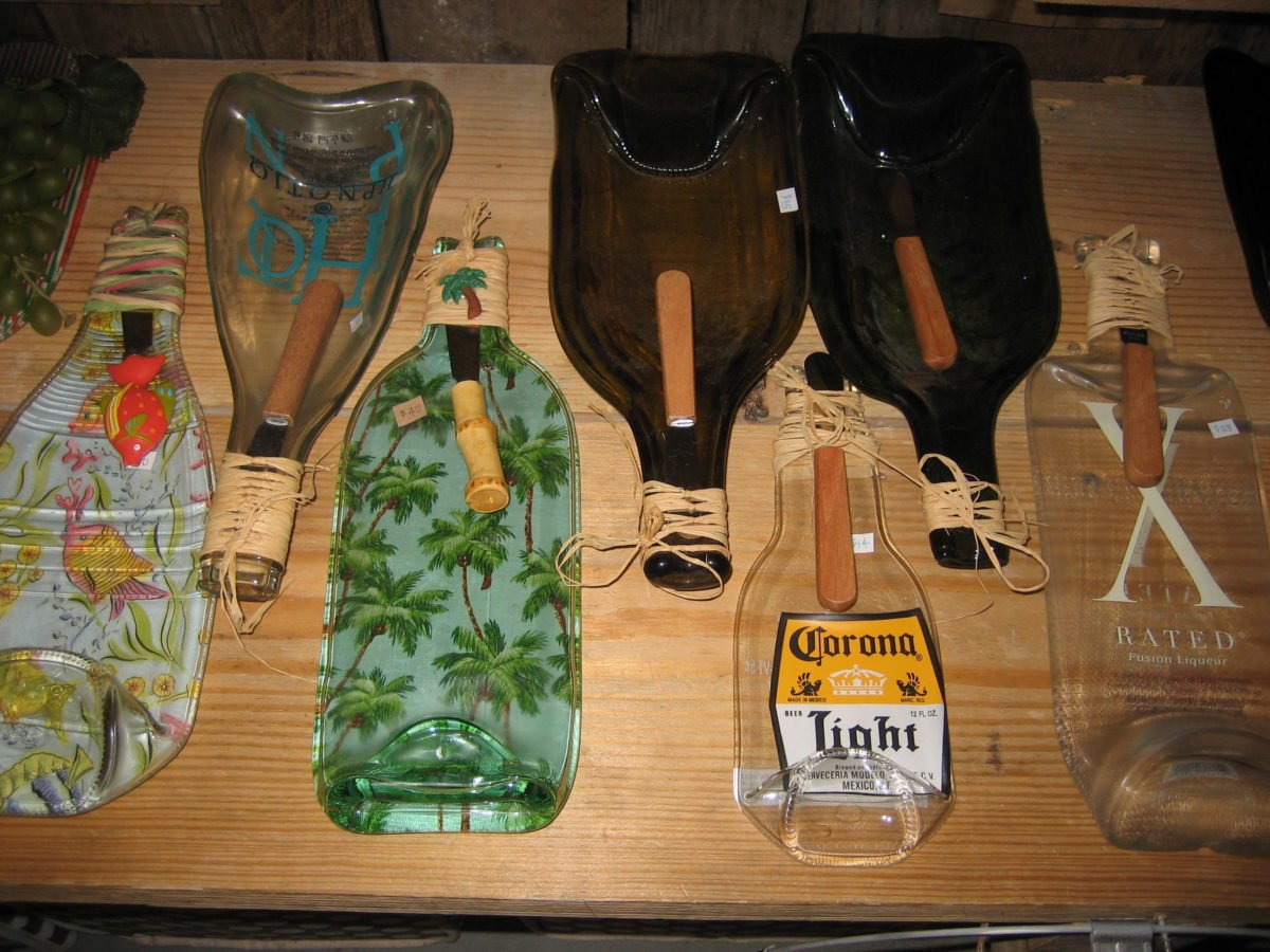 riciclare-vecchi-bicchieri-vassoio