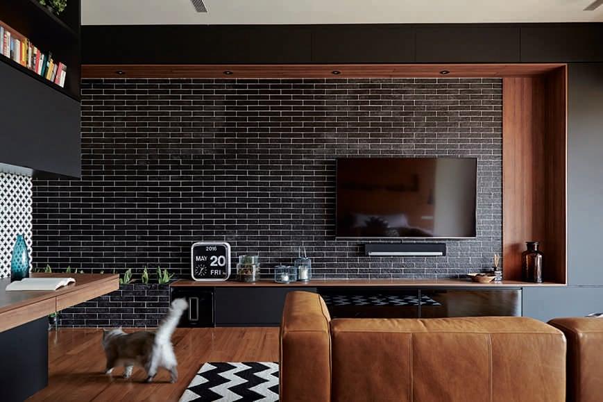 soggiorno-mattoni-piastrelle
