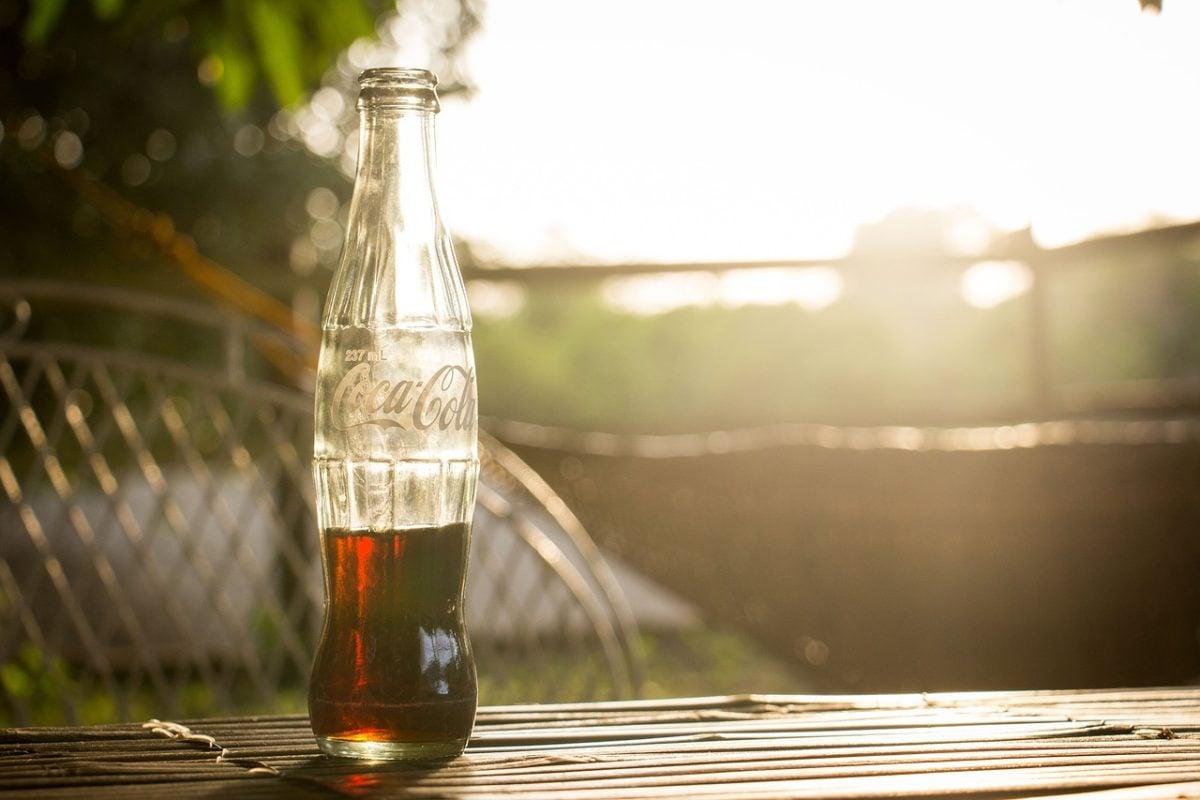 Coca, Cola