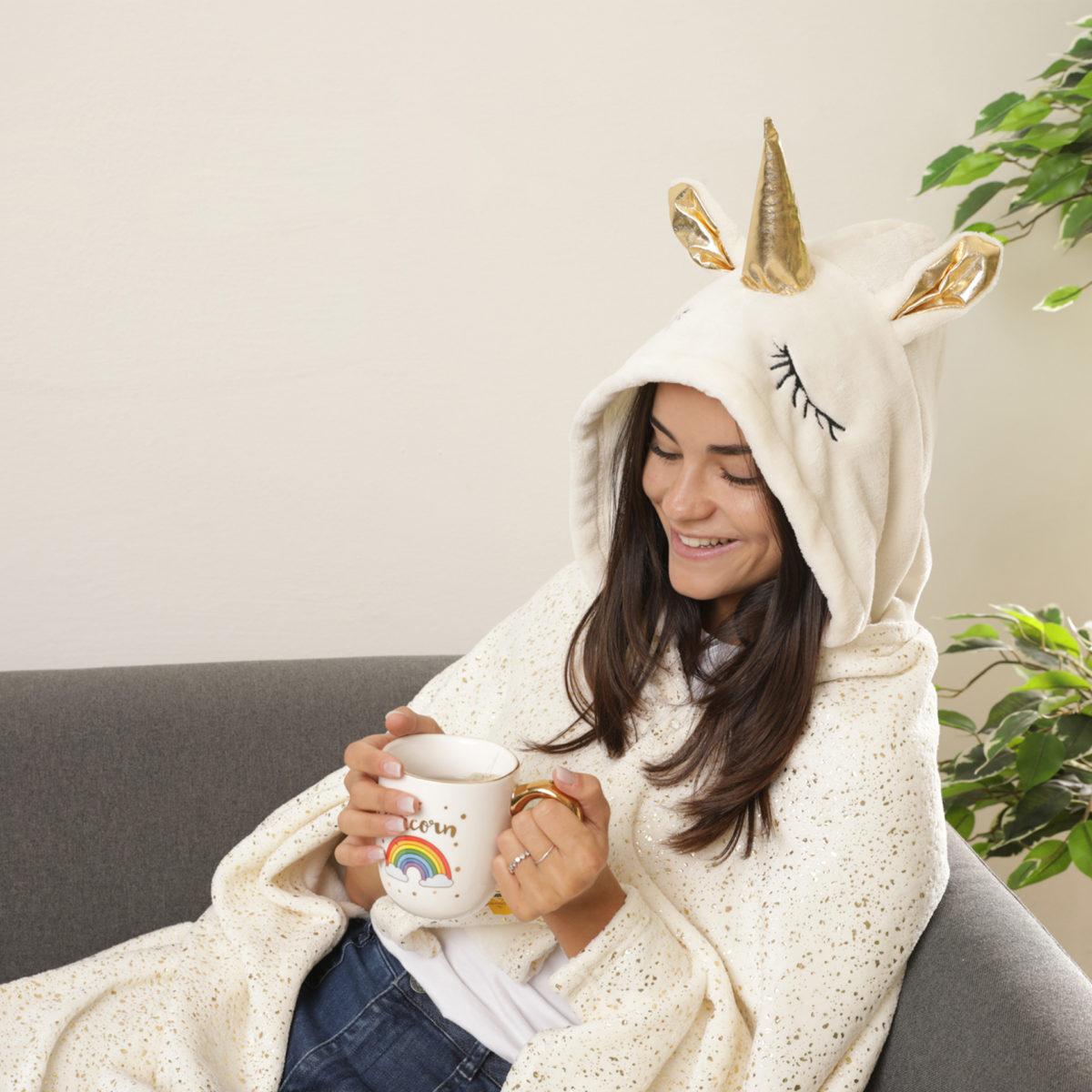dmail-coperta-cappuccio