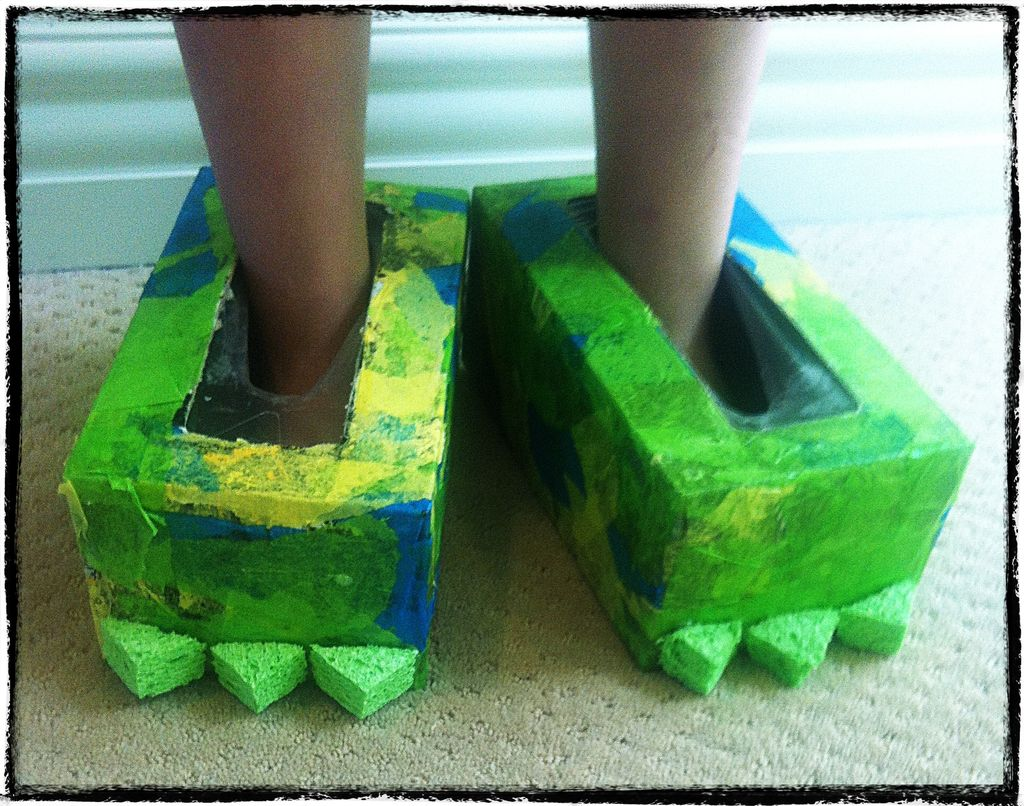 riciclare-scatole-scarpe-carnevale
