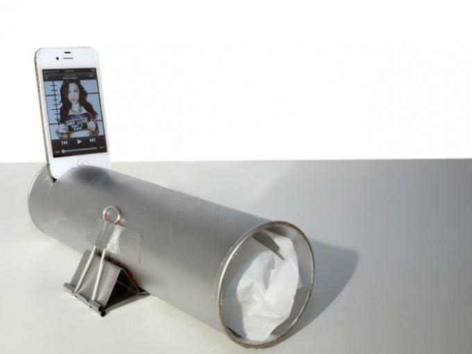 riciclare-tubi-pringles-porta-cellulare