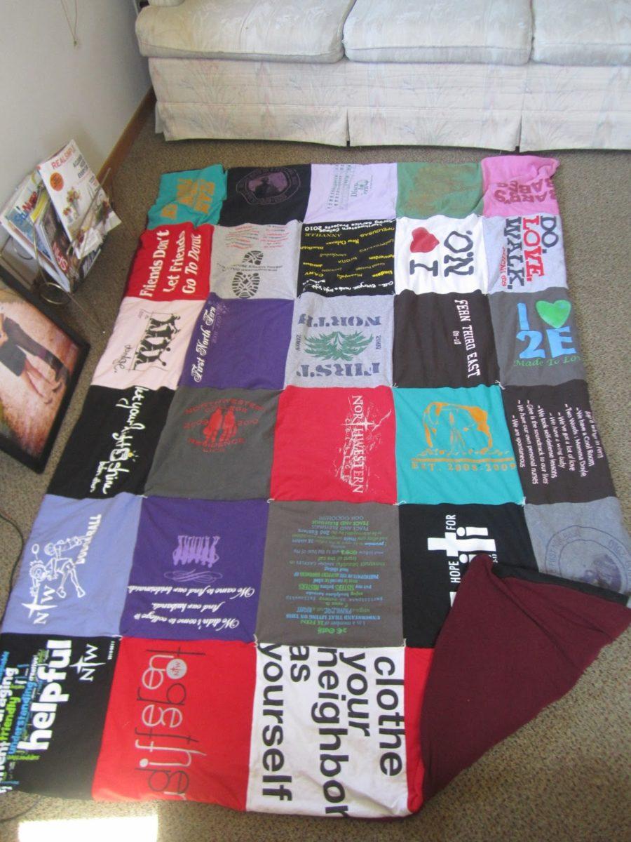 riciclare-vecchie-magliette-tappeto-camera