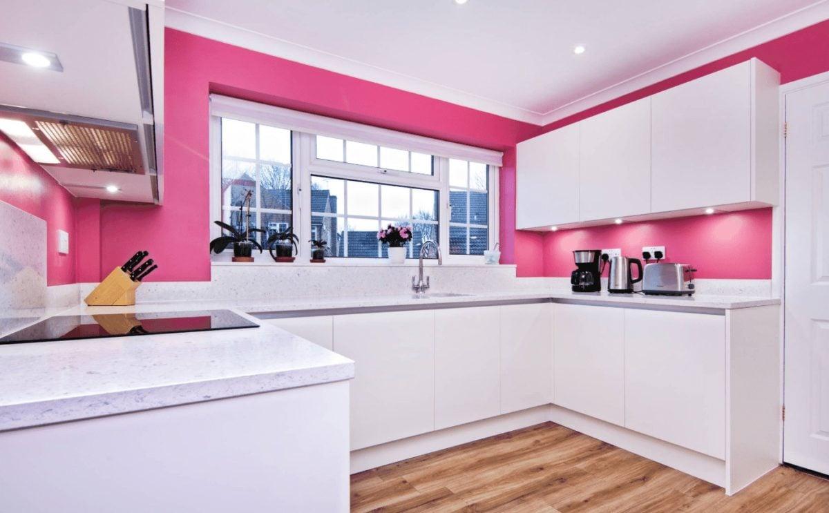 Colori Da Abbinare Al Rosa 10 fantastiche idee per arredare la cucina in rosa