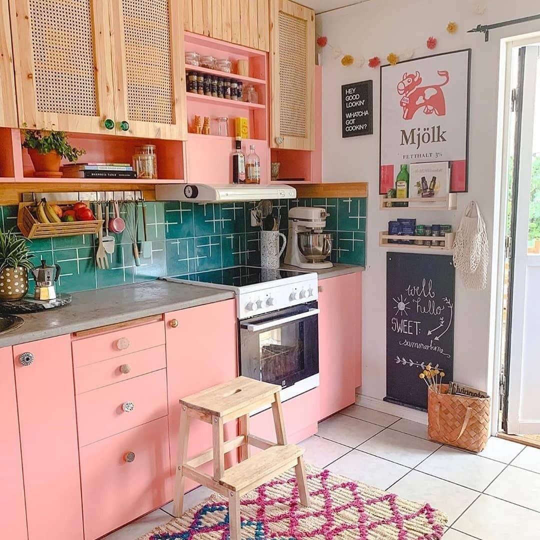 arredare-cucina-rosa-bohemien