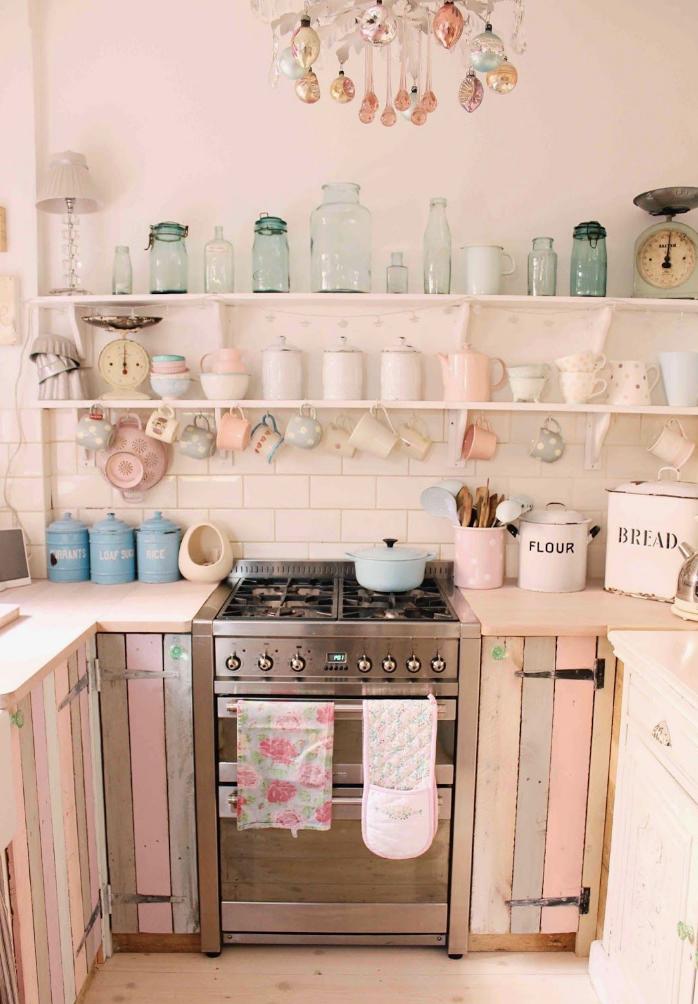 arredare-cucina-rosa-shabby