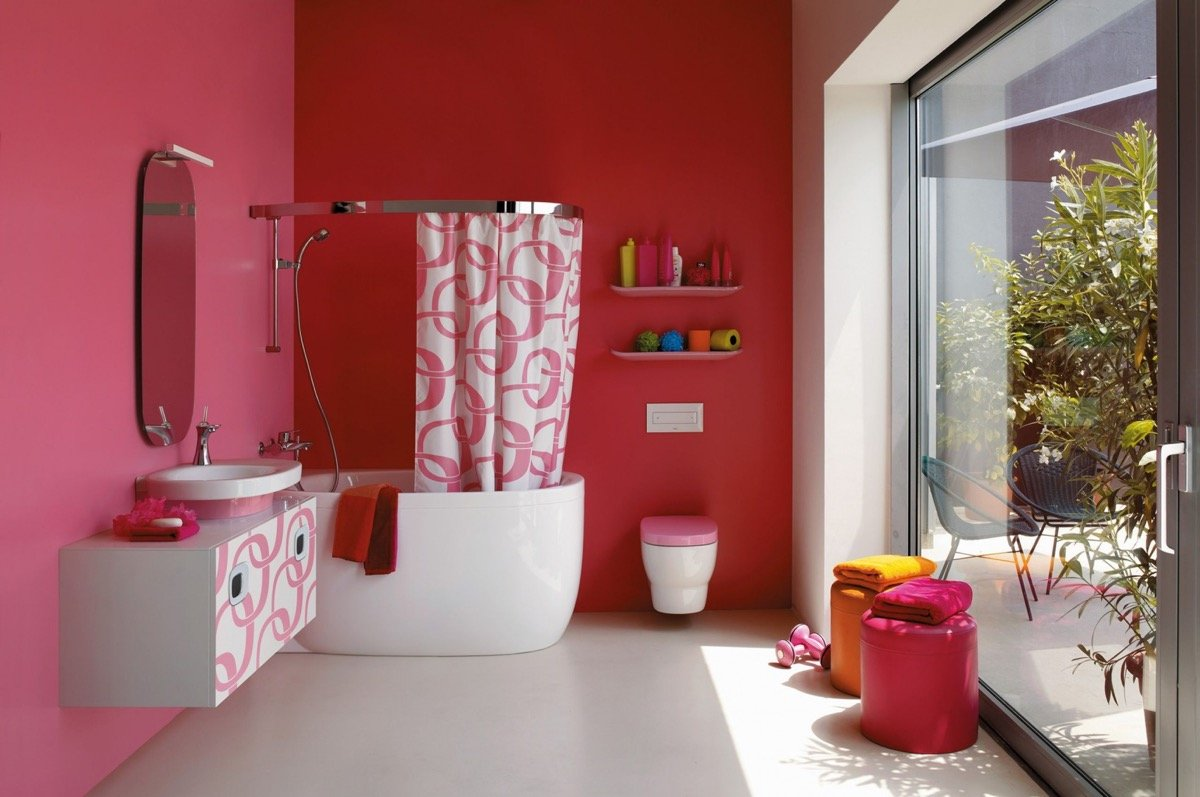 color-fragola-bagno-moderno