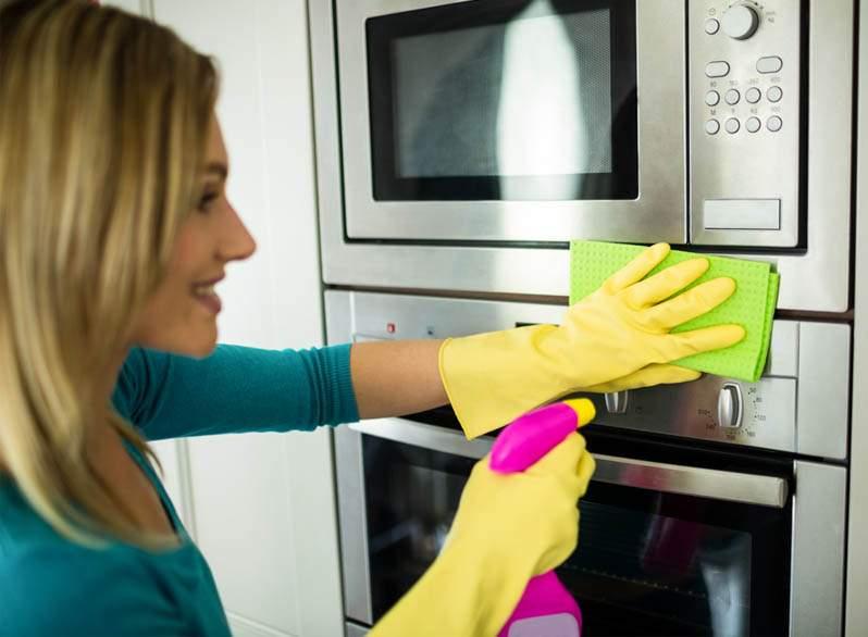come-eliminare-cattivi-odori-in-cucina-7