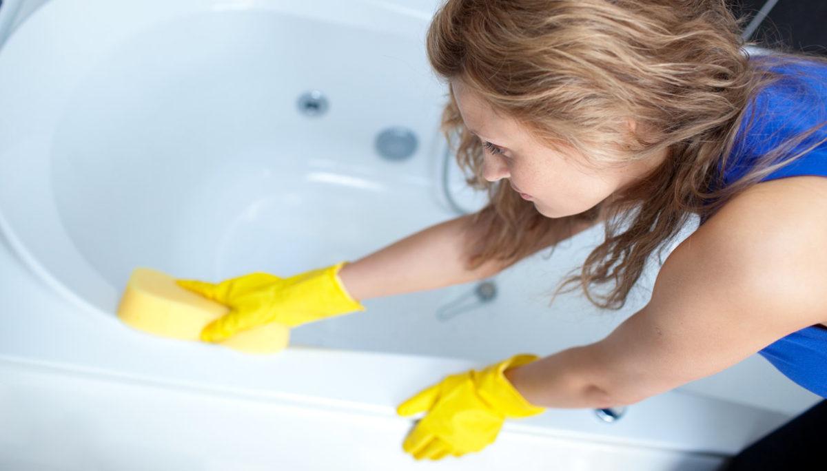 come-pulire-sanitari-bagno-vasca-1