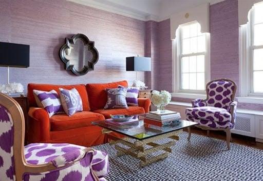 soggiorno-color-lavanda-creativo