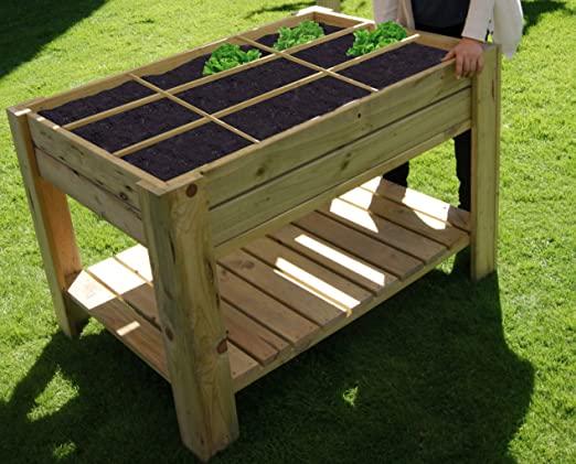 10-idee-creative-per-un-orto-domestico-sul-terrazzo-tavolo-coltivazione