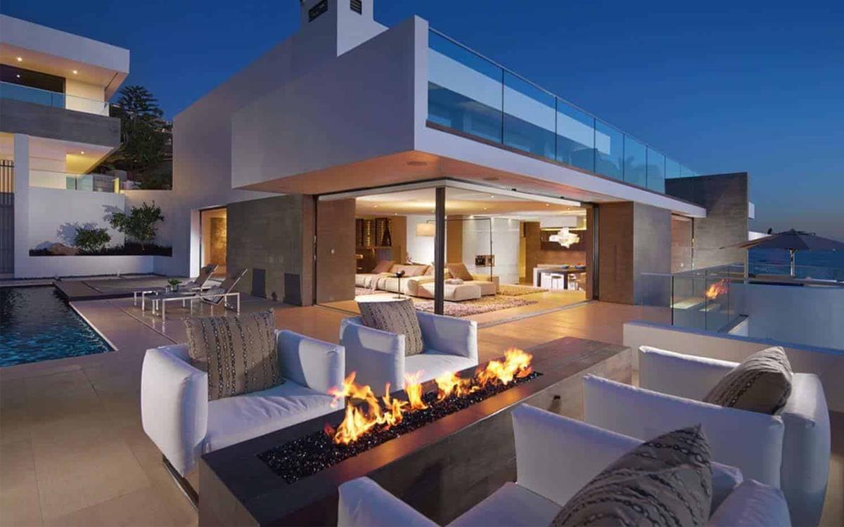 arredare-balcone-stile-futuristico-arredo