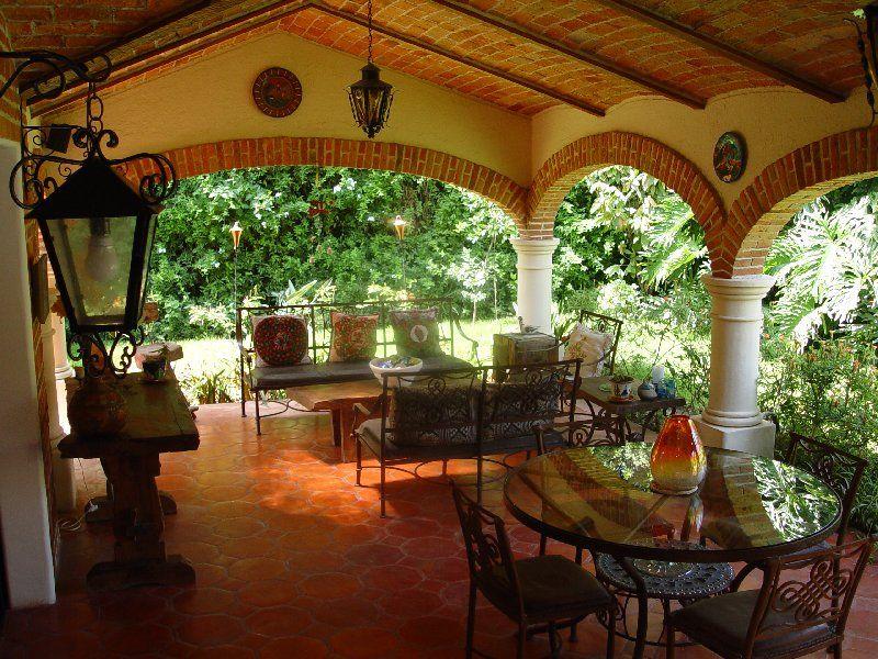 arredare-terrazzo-stile-messicano-1