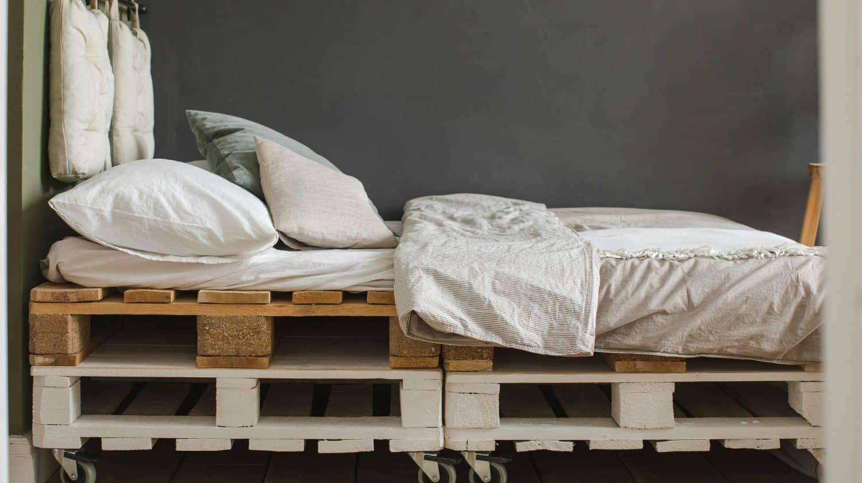 come-costruire-letto-con-pallet-14