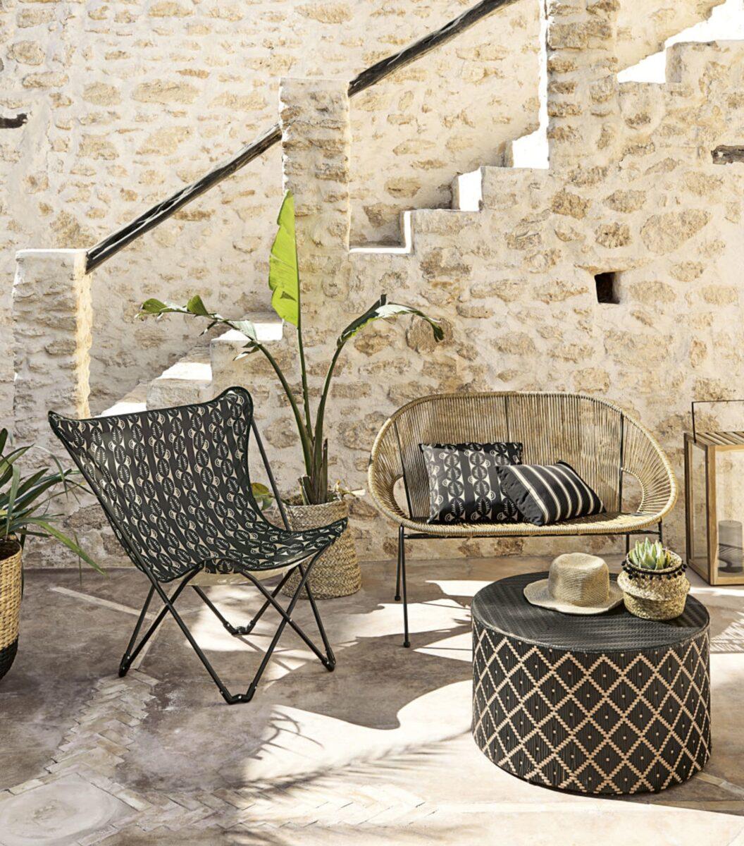 maisons-du-monde-estate-2020-poltrona-da-giardino-pieghevole-in-metallo-e-tela-stampata-nera