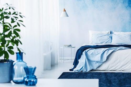 nel-blu-dipinto-di-Blu-Klein-come-utilizzare-in-casa-questa-sfumatura-camera