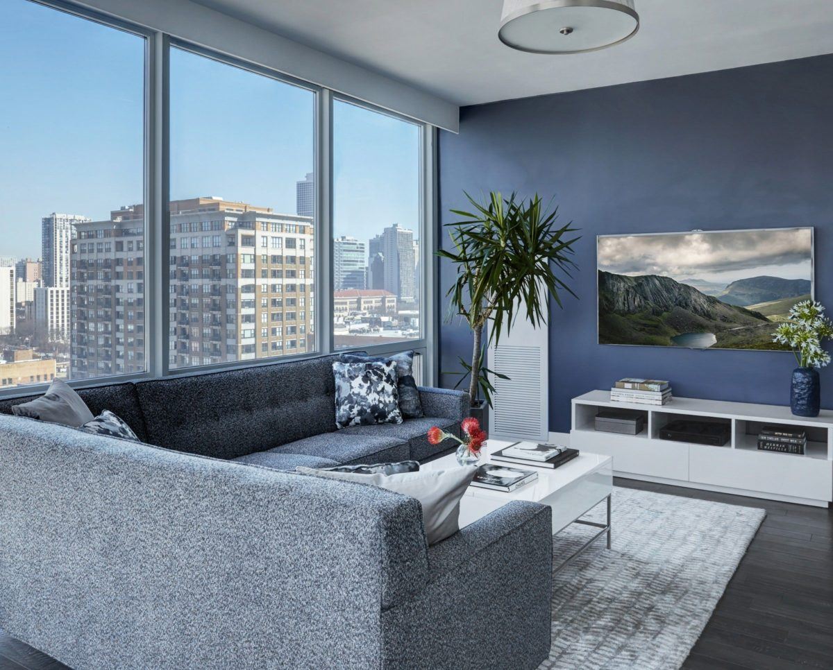 soggiorno-blu-moderno2