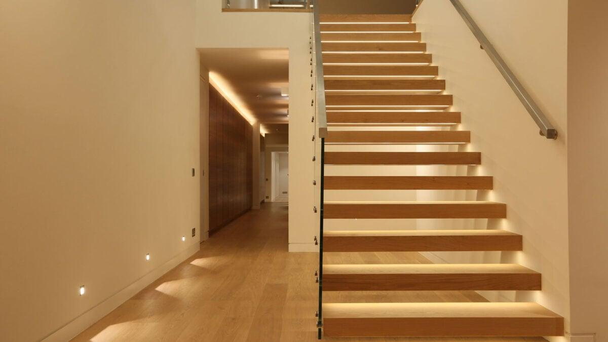 come-illuminare-le-scale-in-casa-06