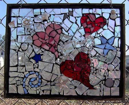 come-utilizzare-bicchieri-di-vetro-rotti-mosaico