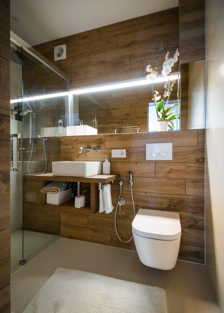 Idee-e-consigli-per-ristrutturare-un-bagno-quadrato03