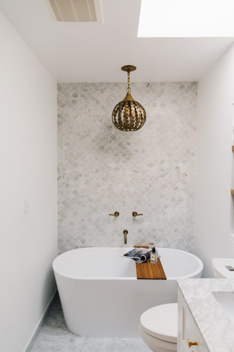 Idee-e-consigli-per-ristrutturare-un-bagno-quadrato04